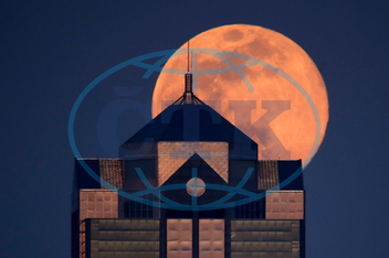 APTOPIX Supermoon Missouri